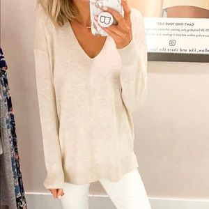 Loft long sleeve v-neck in Oatmeal